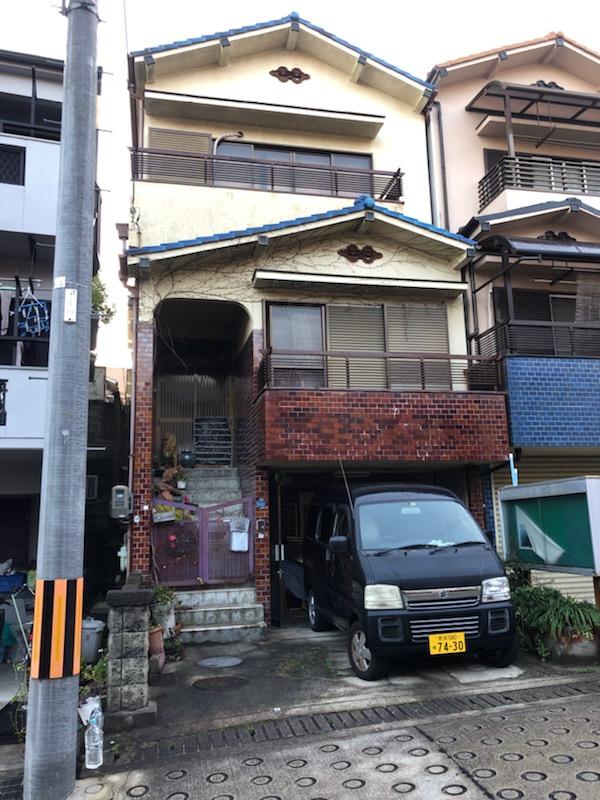 奈良県生駒市山崎新町3-32
